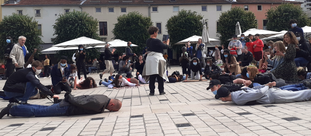 plaquage-ventraux place charles III violences policières