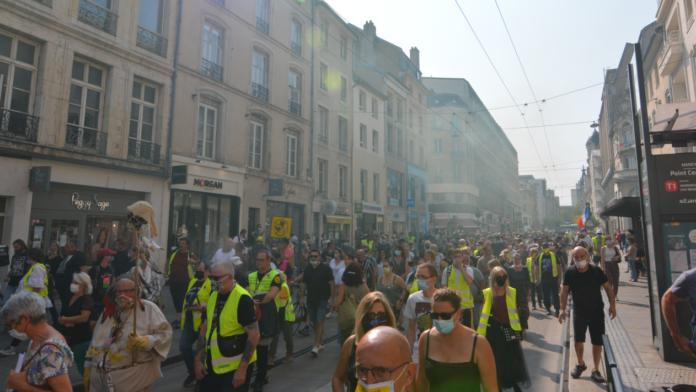 Gilets Jaunes rue saint Jean Nancy